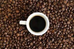 Життя Не знущайтесь над кавою: 5 порад, як не зіпсувати улюблений напій Їжа поради