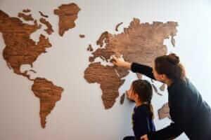 Життя Дерев'яна карта світу від стартапу з України зібрала 100 тис. $ інвестицій зроблено в Україні новина Стартап у світі україна