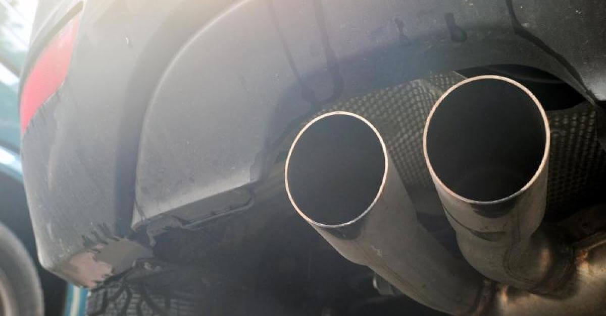 Європарламентарі домовилися про 40-відсоткове скорочення викидів СО2 від автомобілів до 2030 року