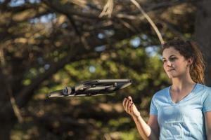 Технології Дрон зі штучним інтелектом сам визначатиме маршрут польоту дрон новина сша