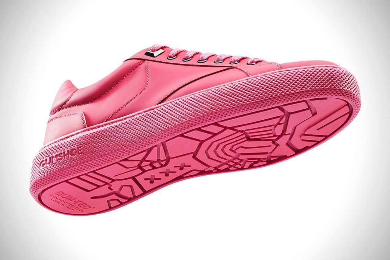 Вчені створили взуття з жувальної гумки, зібраної з вулиць