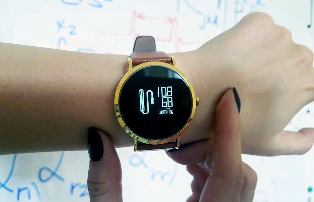 В Україні стартували продажі розумного годинника вітчизняного виробництва!