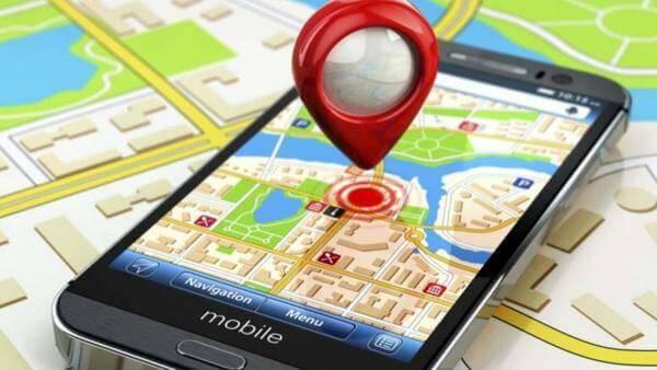 Бюджетні смартфони Huawei та Xiaomi збирають особисту інформацію користувачів без їхнього відома