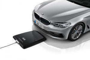 Технології Як працює бездротова зарядка для електрокарів BMW BMW електротранспорт енергетика німеччина стаття транспорт