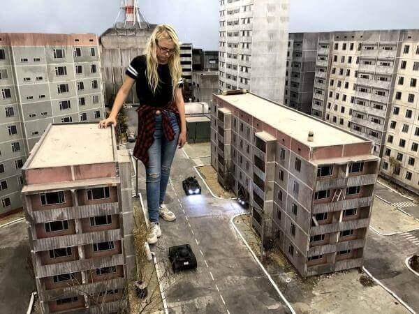 В Україні створили онлайн гру про Чорнобиль із радіокерованими машинками