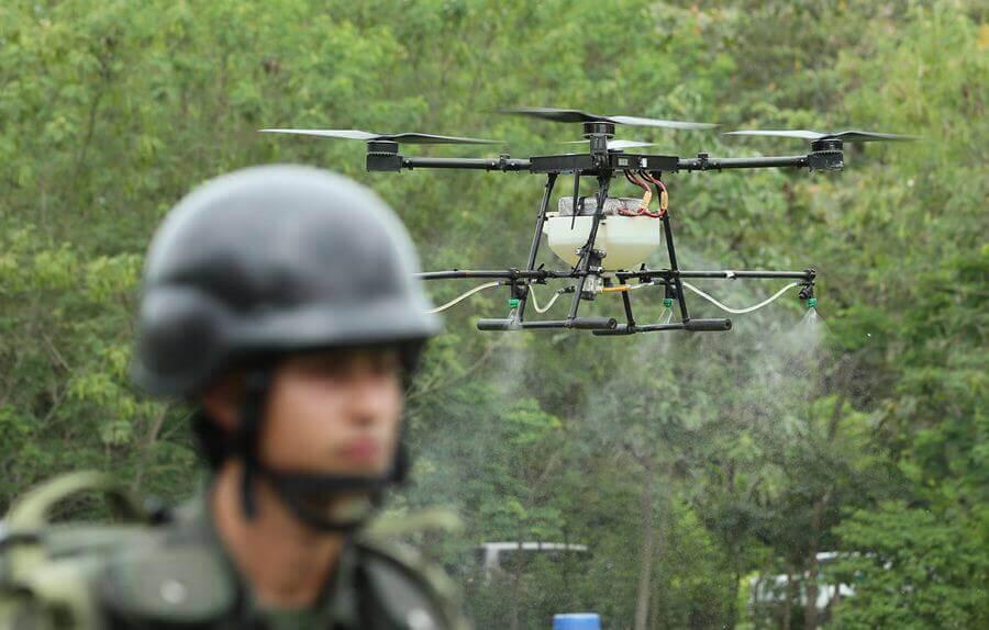 У Колумбії дрони знищують зарості коки, щоб із неї не робили кокаїн