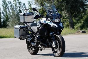 Технології BMW створила електричний мотоцикл з автопілотом BMW дрон німеччина новина транспорт у світі