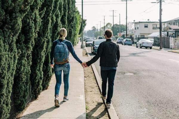 Новий крок в онлайн-знайомствах —Badoo запровадив прямі трансляції
