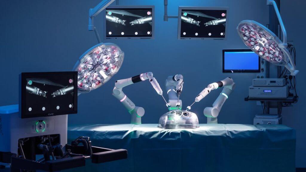 Наступного року британський робот-хірург проведе першу операцію