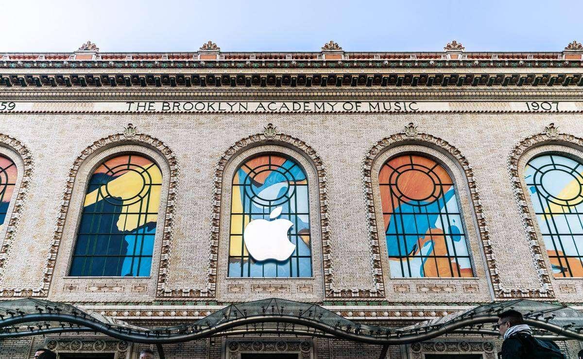 Що показала Apple на жовтневій презентації?