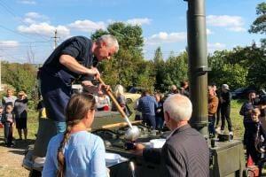 Життя Костянтин Грубич готує проект «Польова кухня» думка телебачення телекухня україна