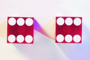 Життя Смертельна гра в дві шістки (відео) embed-video відео математика наука