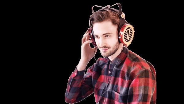 Харківський винахідник навушників вже зібрав $185 тис. на їхнє виробництво