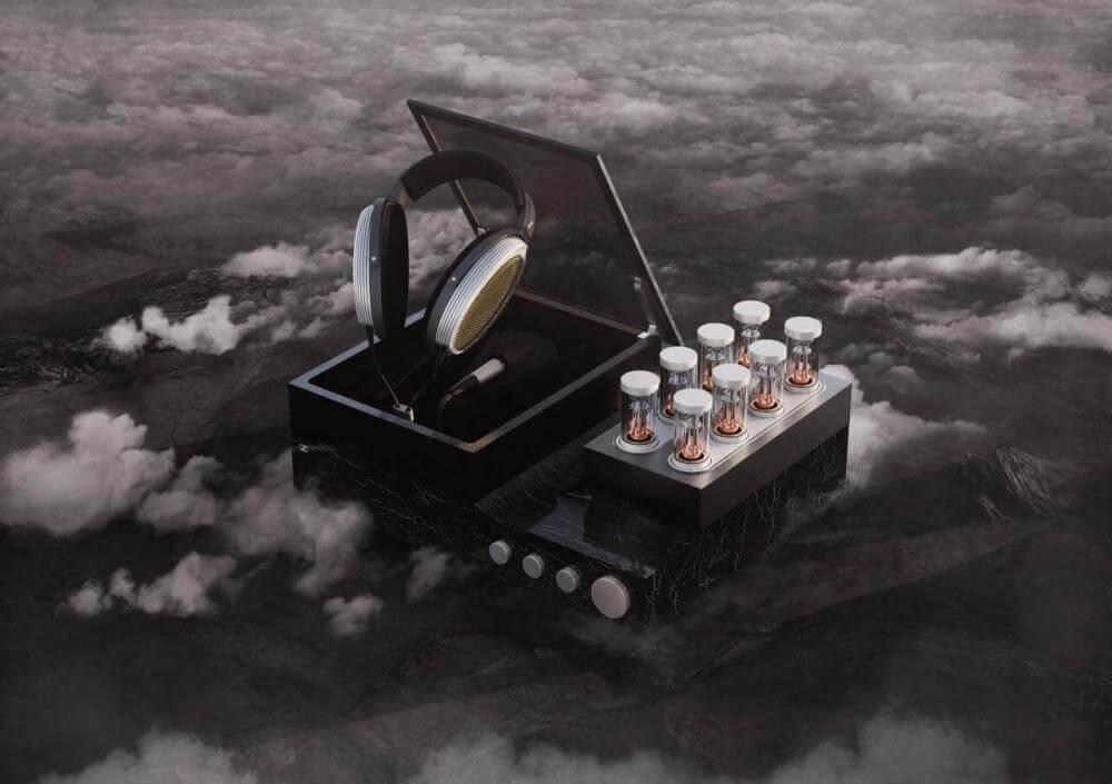 Навушники «Sennheiser HE1060/HEV1060 Orpheus», що розміщені в мармуровому корпусі з ламповим підсилювачем