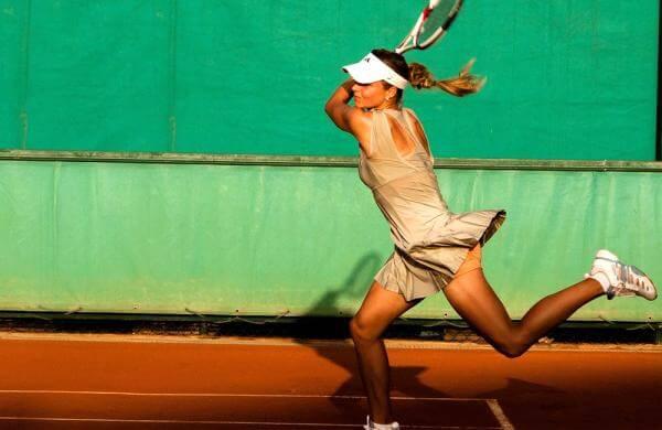 Як винайшли дизайн тенісних ракеток