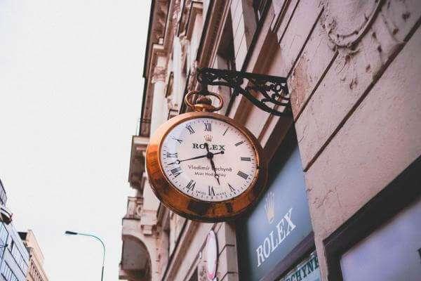 Чому Rolex — одні з найдорожчих годинників планети?