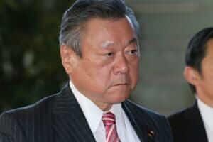 Життя Японський міністр із кібербезпеки ніколи не користувався комп'ютером безпека новина у світі японія