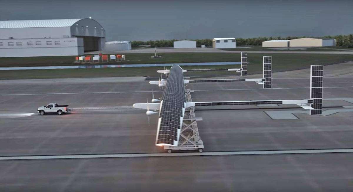2019 року Boeing почне випуск безпілотника на сонячних батареях