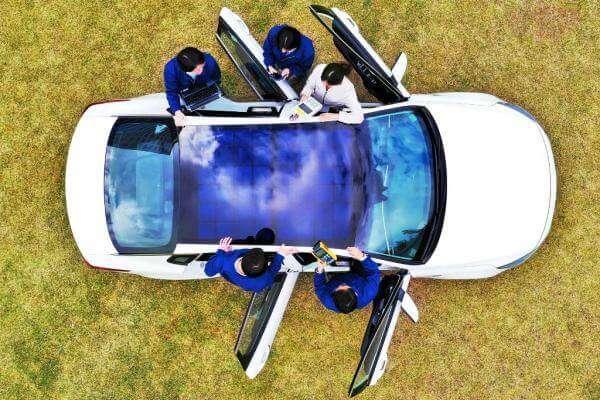 В Кореї випускатимуть авто з сонячними панелями замість даху