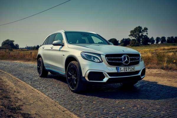 Mercedes-Benz випустила перший у світі водневий електрокар