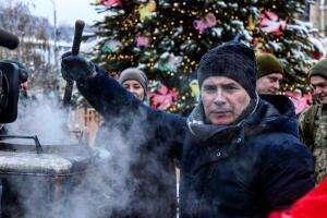Життя Новорічне мольфарське зілля на телекухні Кості Грубича телебачення телекухня україна