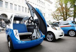 Життя У Німеччині почнуть збирати найменший електрокар у світі електромобіль німеччина новина у світі швейцарія
