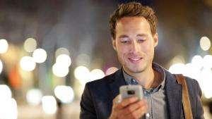 Життя 100 тис. $ за відмову від смартфона на один рік новина смартфони сша у світі