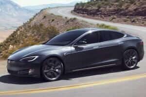 Життя В Каліфорнії автомобіль Tesla тікав від поліції на автопілоті, поки його водій спав п'яний за кермом tesla авто електромобіль новина поліція сша транспорт