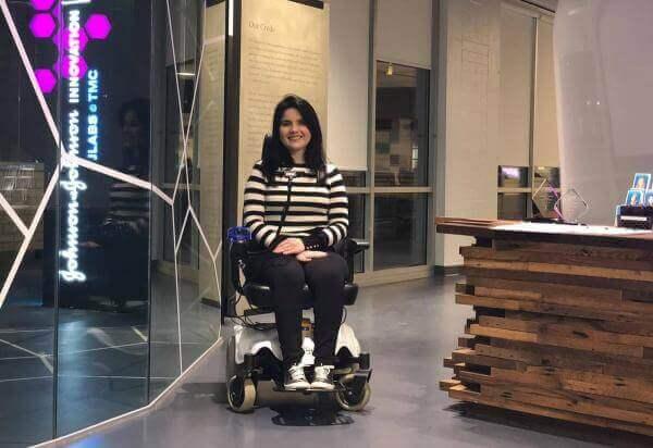 У Бразилії навчилися керувати інвалідним візком за допомогою міміки