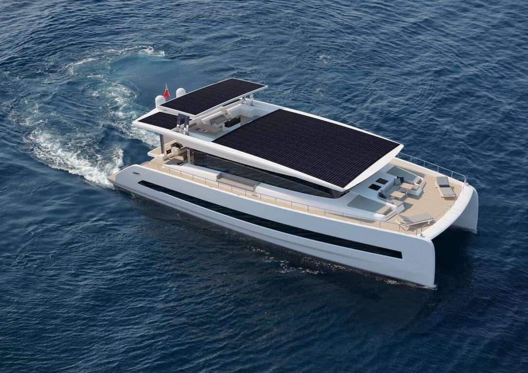 Яхта на сонячних батареях за добу проходитиме 160 км