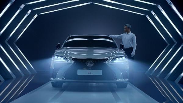 Штучний інтелект написав сценарій для реклами Lexus