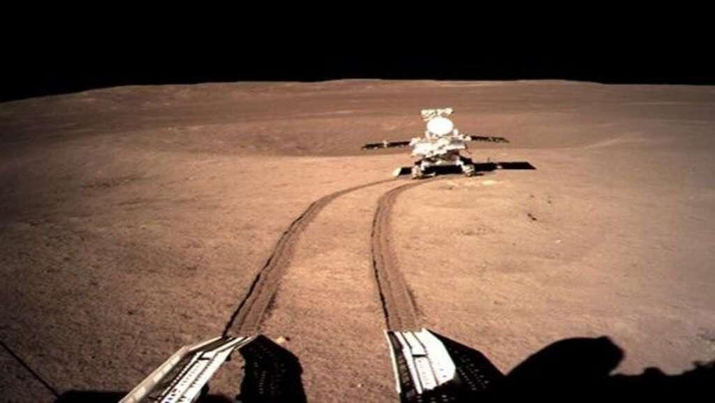Китайський космічний зонд вперше в історії здійснив посадку на зворотному боці Місяця