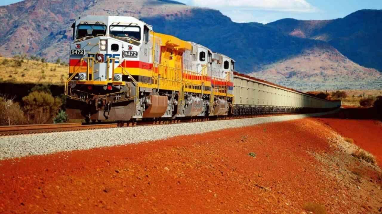 В Австралії залізну руду перевозять 200 безпілотних локомотивів