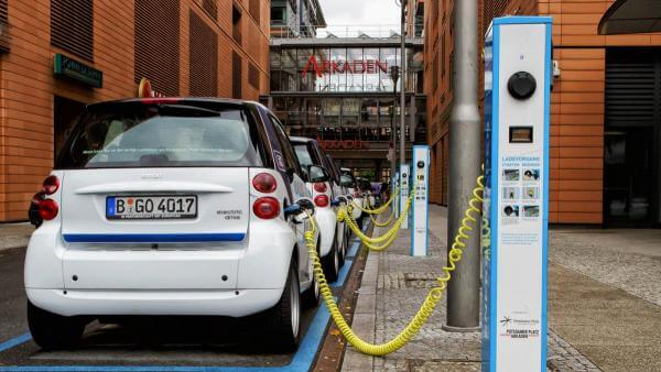 Кожен третій проданий автомобіль у Норвегії — це електрокар