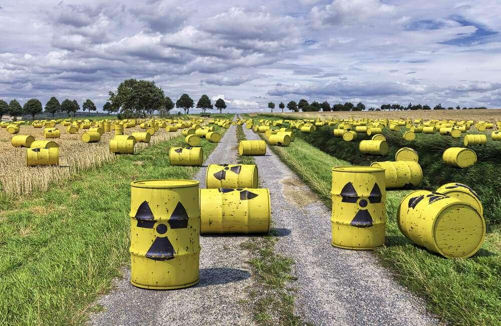 Чи можемо ми відправляти ядерні відходи в космос?