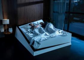 Технології «Розумне» ліжко Ford допоможе берегти свою половину ложа від зазіхань партнера новина сша у світі
