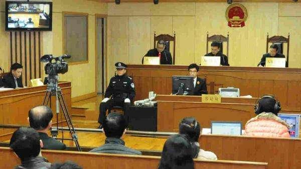 Штучний інтелект став офіційним помічником у китайському суді