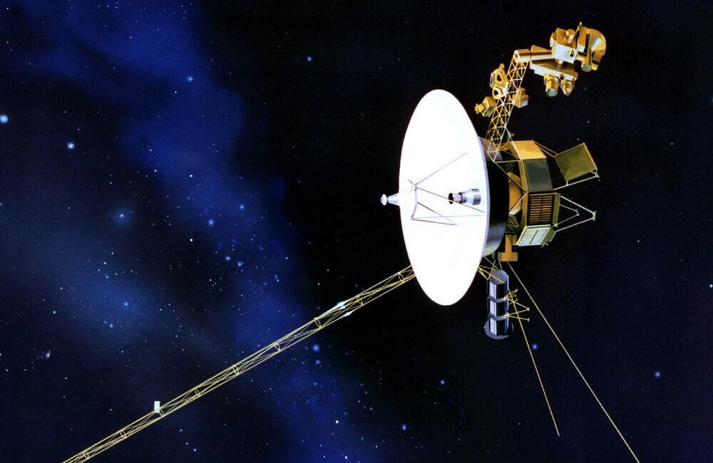 Де зараз супутник Вояджер, запущений 1977 року? Як він досі працює? (відео)