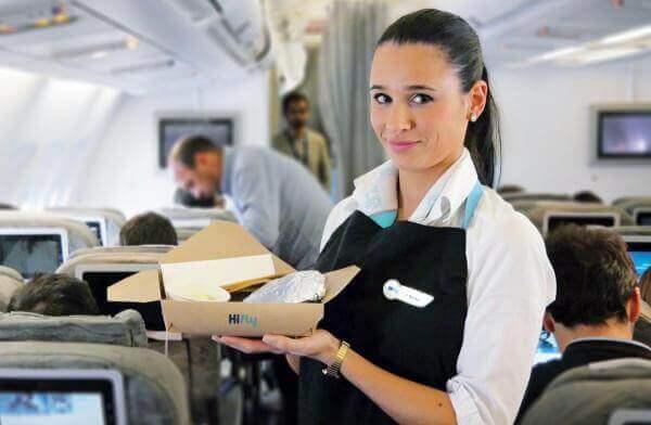 До кінця 2019 року португальська авіакомпанія відмовиться від пластику