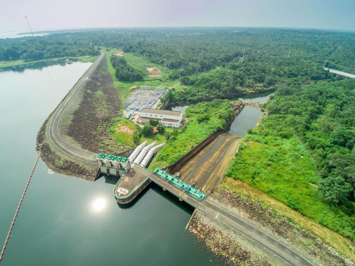 У Таїланді збудують найбільшу сонячну електростанцію планети на воді
