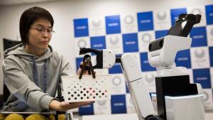Життя Роботи обслуговуватимуть Олімпійські ігри у Токіо новина олімпіада роботи у світі японія