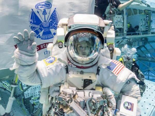 NASA вперше в історії запустить жіночу космічну місію