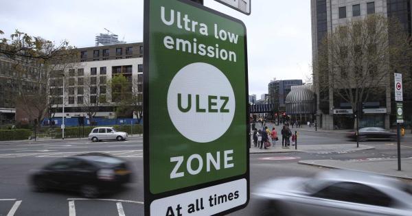 У Лондоні запровадили екологічний збір за в'їзд до центру міста на старому автомобілі