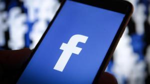 Інтернет Facebook запроваджує функціонал для акаунтів померлих людей facebook новина цукерберг