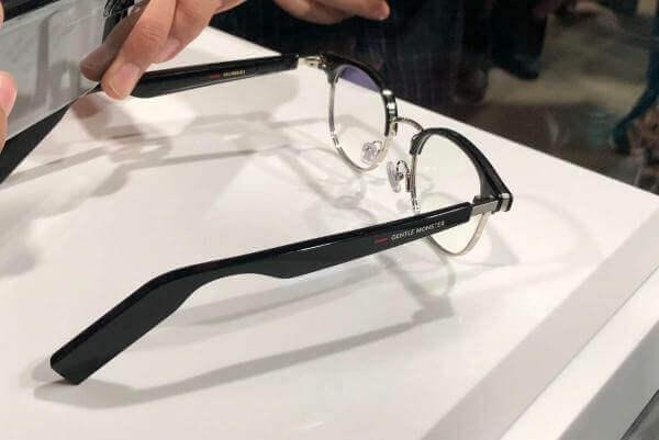 Huawei презентувала «розумні» окуляри, що мають замінити навушники