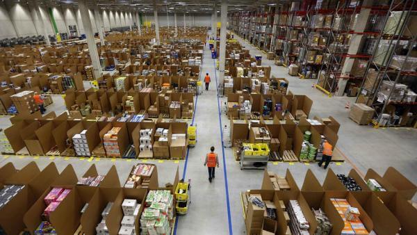 Як система стеження за продуктивністю роботи автоматично звільняє робітників Amazon