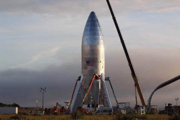 SpaceX тестує Starhopper. Коли нам збирати сумки на Марс?