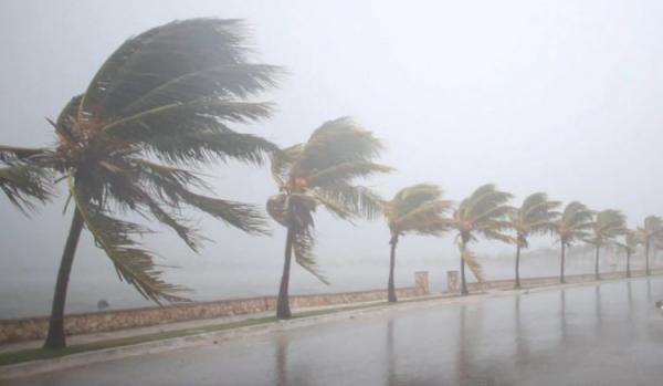Індію сколихнув найпотужніший за 20 років ураган