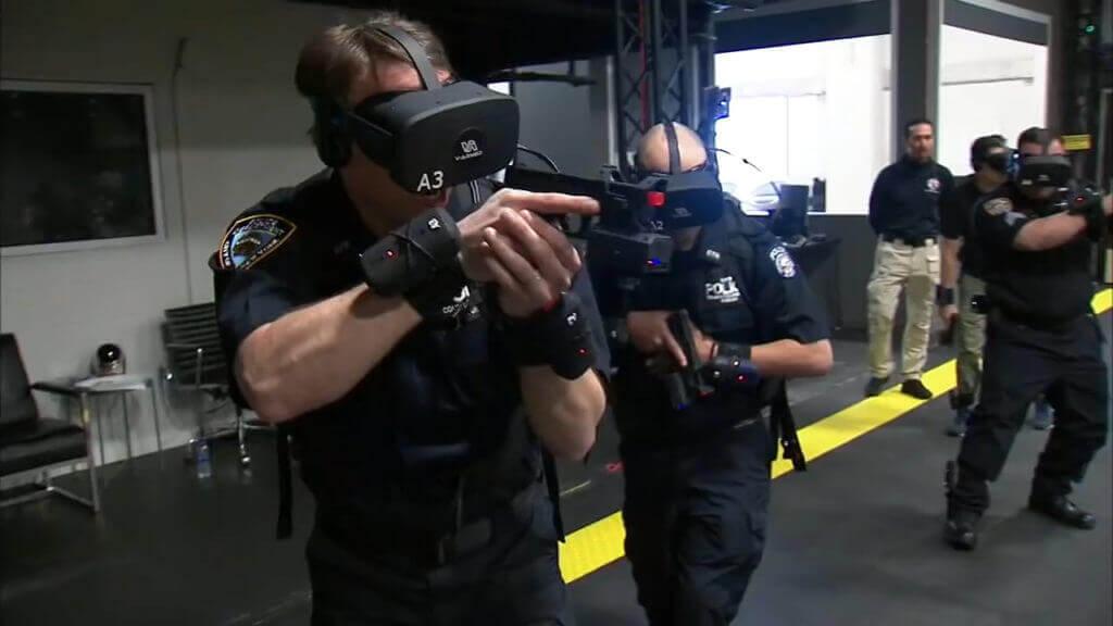 Поліцейські Нью-Йорка звільняють заручників у віртуальній реальності