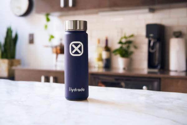 У США створили «розумну» пляшку, що живиться від сонця
